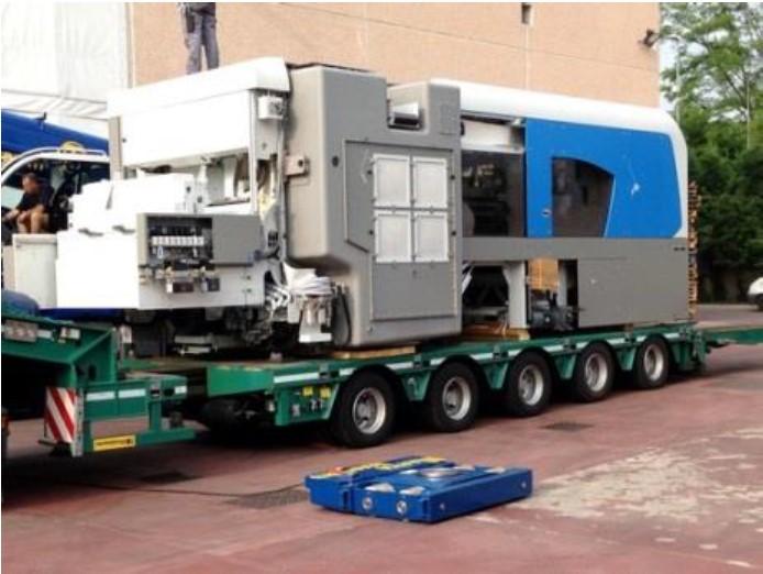 TractorMover - premik težkih bremen do 200Ton